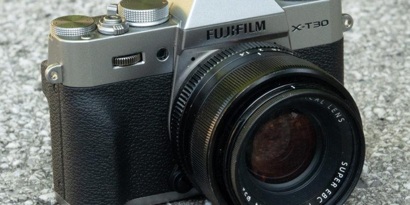 Fujifilm X-T30: Korak naprej, pa tudi kakšen nazaj