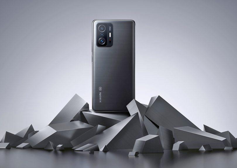 Xiaomi samozavestno v hiperinflacijo telefonov