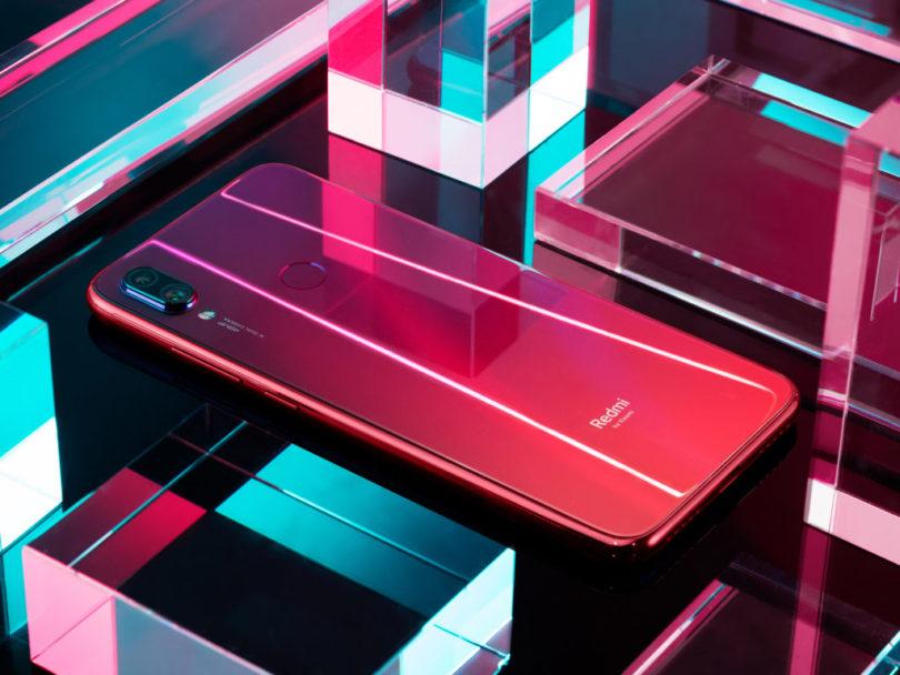 Zaradi polovičarstva Xiaomijevega in ostalih uvoznikov se je v Sloveniji zasidral triumvirat Samsunga, Huaweija in Appla