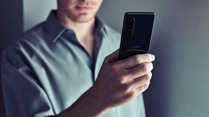 Sonyjeva telefona Xperia 1 III in Xperia 5 III imata že skoraj pravi optični zum