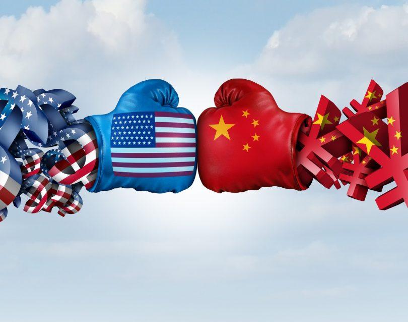 Kdo vodi gospodarstvo? Vlada ali ameriško veleposlaništvo?