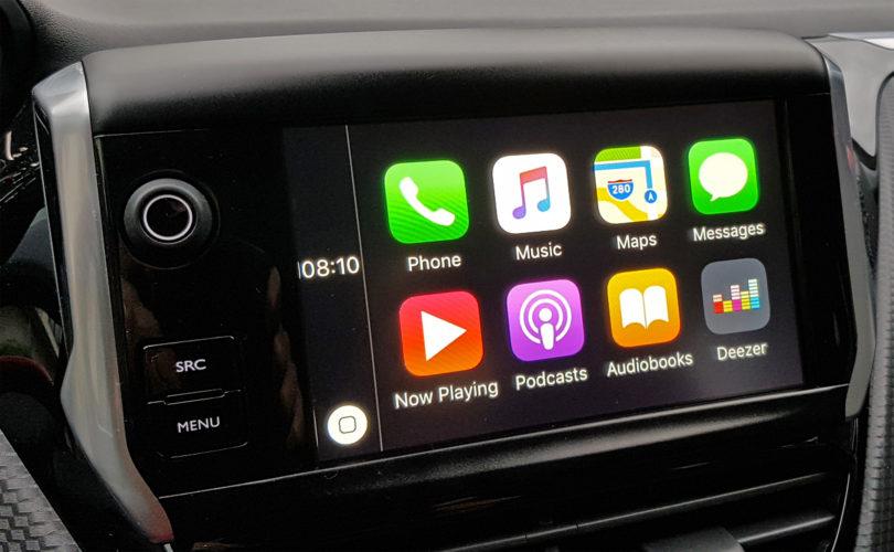 Avtomobili rabijo povezljivost ali pa boljšo integracijo pametnega telefona
