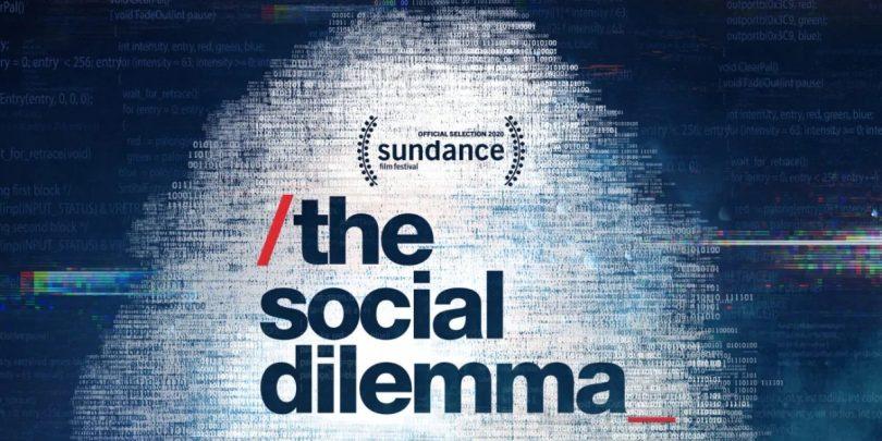 The Social Dilemma: Strah vas je lahko, če ste zadnjih deset let tiščali glavo v pesek! (#videonapovednik)