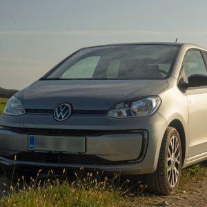 Volkswagen e-up: Plesal je eno poletje