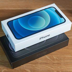 Nič narobe, če sta iPhone 12 in iPhone 12 Pro prišla z malo manj pompa (#video)