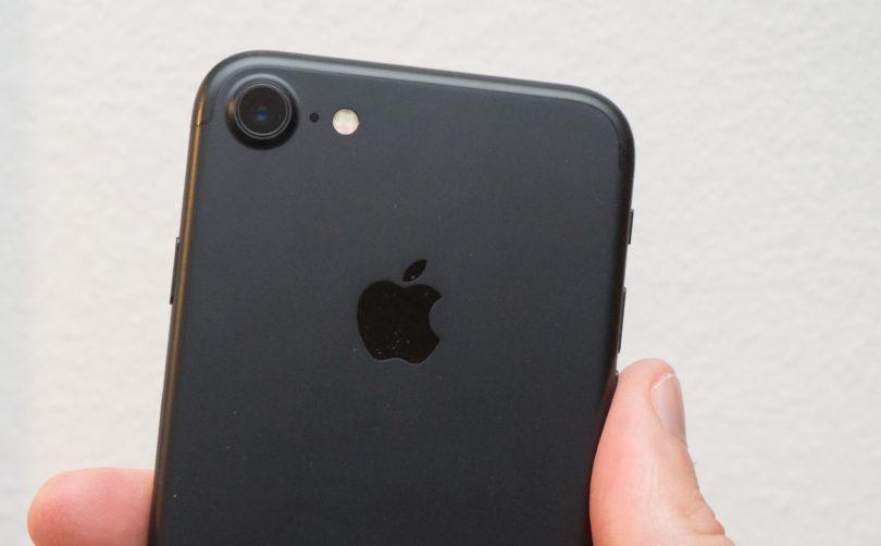 Kako se iPhone 7 po kakovosti fotoaparata primerja z Galaxyjem S7?