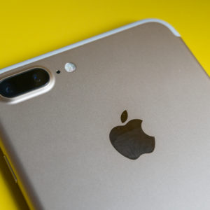 Kakšen video snema iPhone 7 Plus?