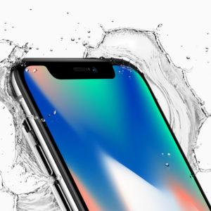 Apple in Sony kupcem: Vzemi najdražjega ali potrpi eno leto