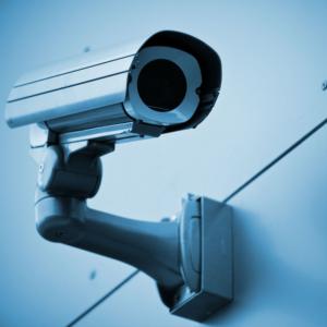 Kdor postavi IP-kamero, je sam kriv, če posnetki končajo na spletu.