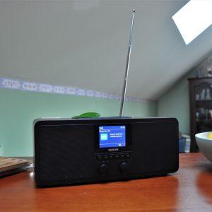 Philips TAR8805: Radio vaše in naše mladosti s kančkom digitalizacije