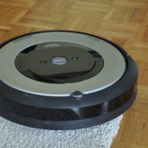 Roomba e5: Vse najboljše v enem ohišju, ampak kaj pa cena?