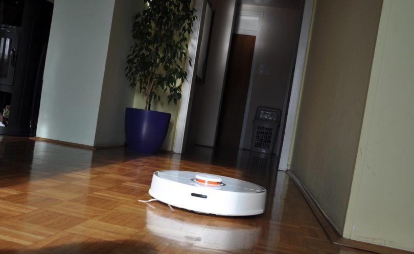 Roborock S50: Največ, kar pri robotskih sesalnikih dobite za zmerno ceno! #VIDEO