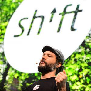 Shift happens – ne nisem se zatipkal in pomotoma pritisnil tipko »F«