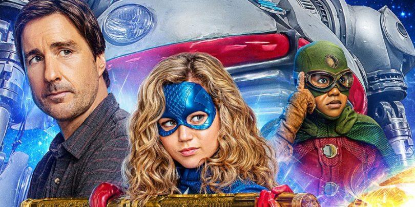 Zvezdna punca (Stargirl): Bližje Nickelodeonovi mladinski kot seriji o DC-jevi junakinji (#videonapovednik)