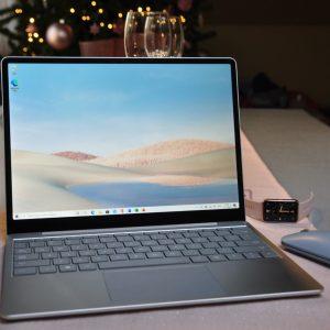 Surface Laptop GO: So v Microsoftu ustrelili svetovnega kozla?