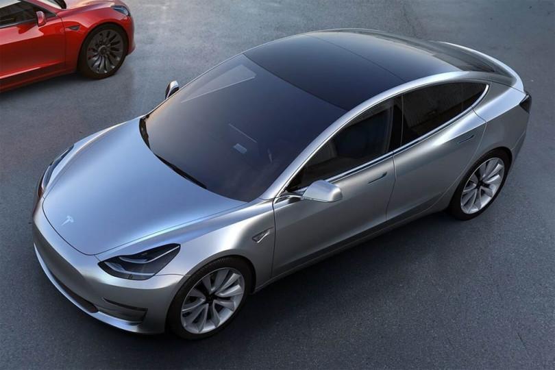 Bo Teslov model 3 spremenil avtomobilizem?