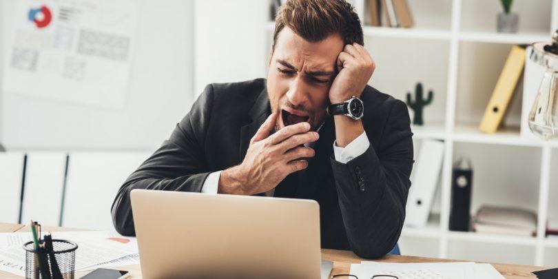 NEDELJSKI NASVET: Kako se izogniti utrujenosti zaradi sodelovanja v video konferencah?