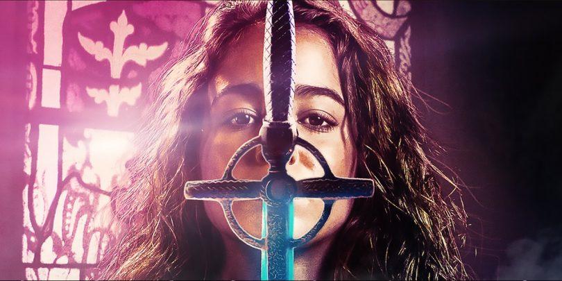 Warrior Nun: Dekle razpeto med uporniškim najstništvom, srčkanim fantom in super junaštvom!