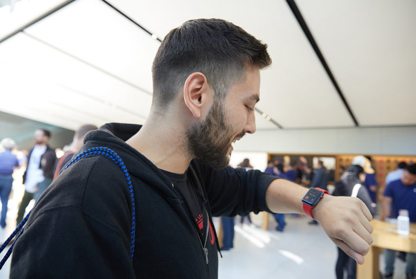 Nakup Apple Watch 3 LTE je za zdaj metanje denarja skozi okno